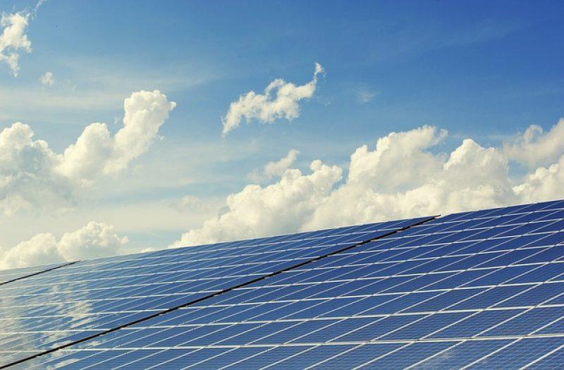 photovoltaic-2138992_640 (1)