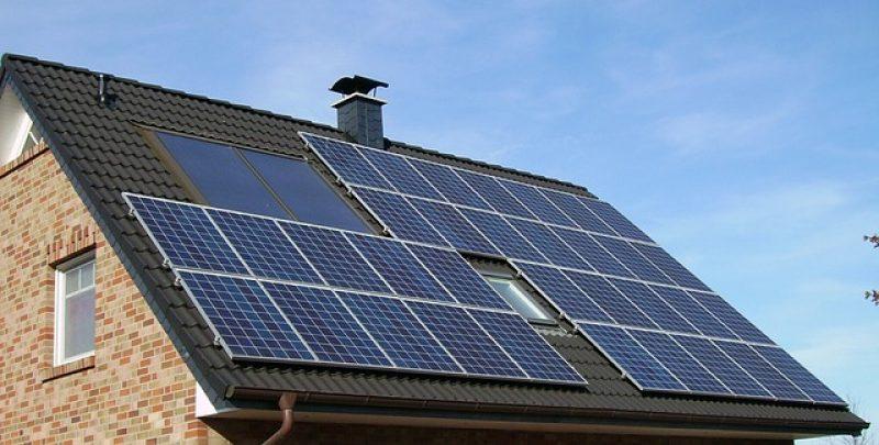 solar-panel-array-1591358_640